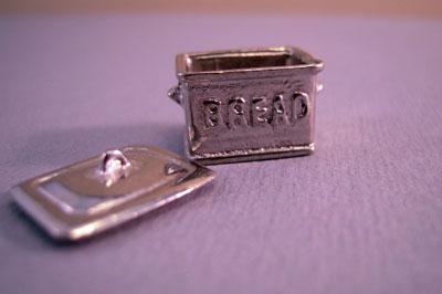 "wmfp52 1/2"" scale miniature bread bin"
