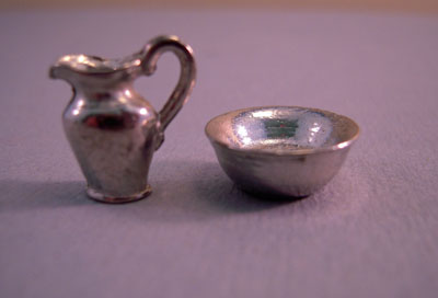 """wmjg06-07 1/2"""" scale miniature wash stand bowl and pitcher"""