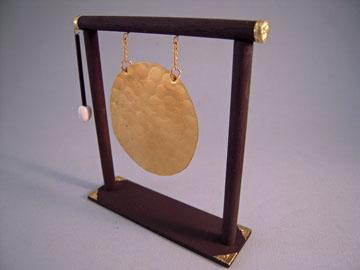 """z415 1"""" scale alice zinn oriental gong"""