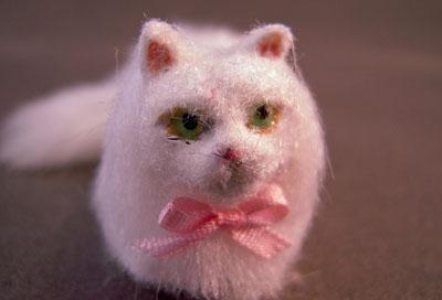"""z420 1"""" scale persian cat sandy by alice zinn"""