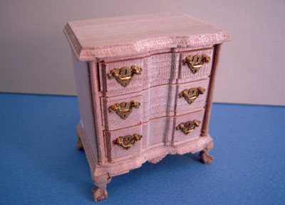 Bespaq Colonial Unfinished Bedside Table 1:12 scale