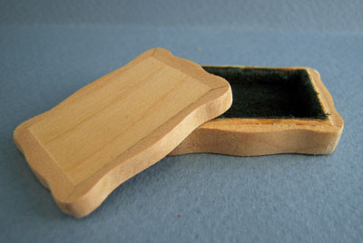 Bespaq Unfinished Wooden Trinket Box 1:12 scale