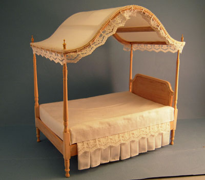 Bespaq Unfinished Canopy Bed 1:12 scale