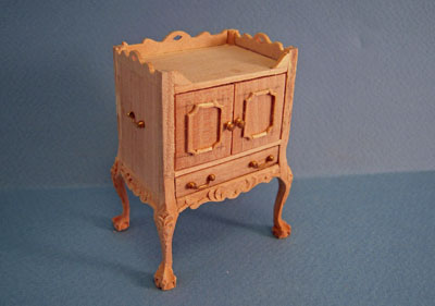 Bespaq Unfinished Blount End Table 1:12 scale