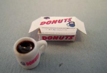 Hudson River Miniatures Miniature Donut Set 1:24 scale