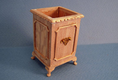 Bespaq Unfinished Fancy Umbrella Stand 1:12 scale