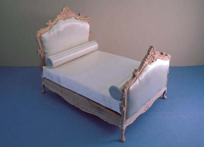 Bespaq Unfinished Louis XV Bed 1:12 scale