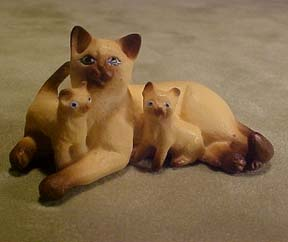 Siamese Cat with Kittens 1:12 scale