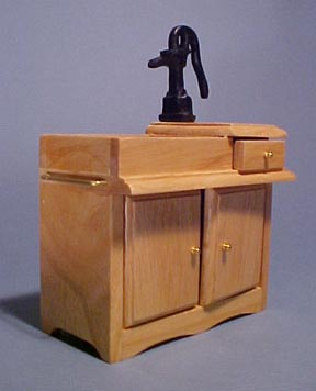 Old Time Wet Sink with Hand Pump 1:12 scale
