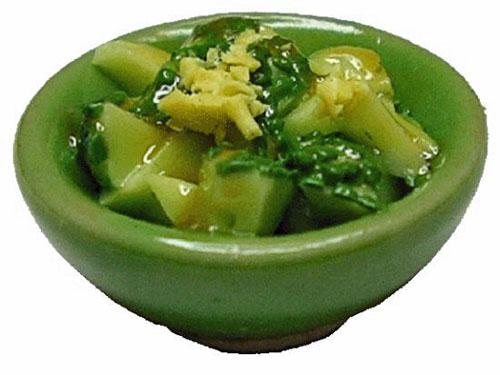 Bright deLights Broccoli In A Green Bowl 1:12