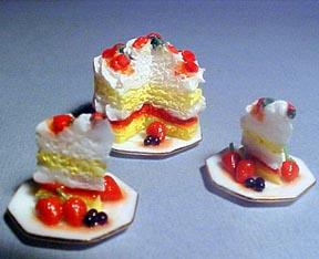 Sliced Strawberry Cake 1:12 scale
