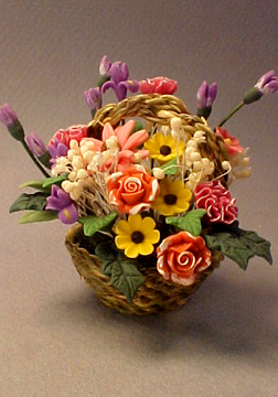 Bright deLights Floral Bouquet In Basket 1:12 scale