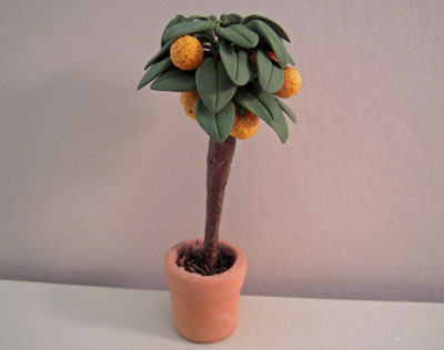 Bright deLights Dwarf Orange Tree 1:12 scale
