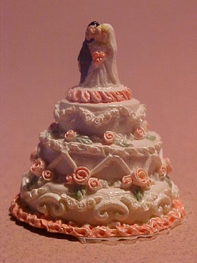 Wedding Cake with Bride and Groom 1:12 scale