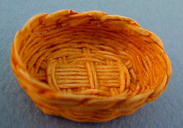 Small Oval Bread Basket 1:12 scale