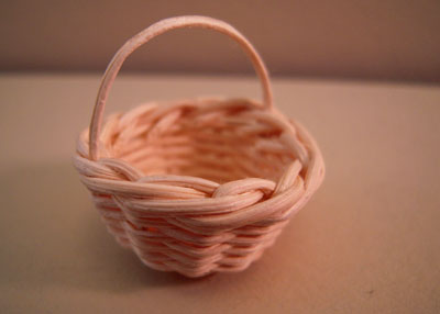 Woven Straw Basket 1:12 scale