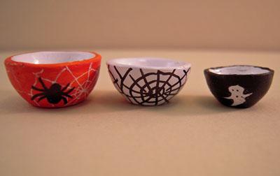Three Piece Halloween Ceramic Mixing Bowl Set 1:12 scale