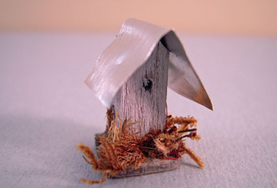 CJ's Miniatures Handcrafted Bird House With A Tin Roof 1:24 scale