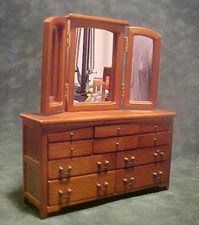 Townsquare Tripple Mirror Dresser 1:12 scale