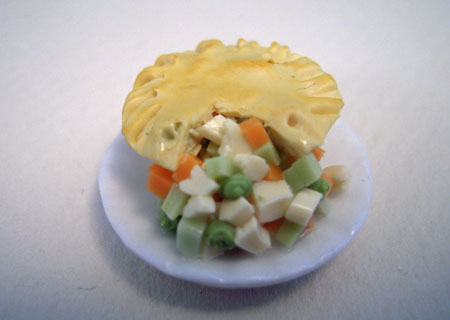 Chicken Pot Pie On A Plate 1:12 scale