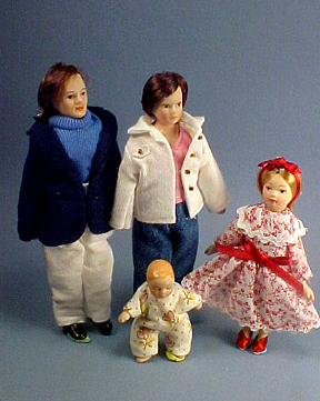 Townsquare Doll Family 1:12 scale