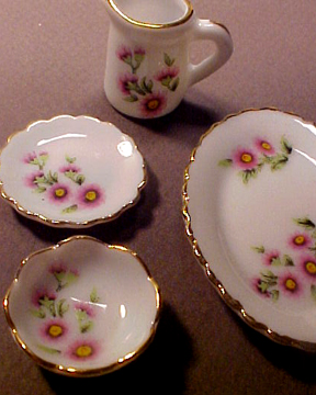 Pink Floral Dish Set 1:12 scale