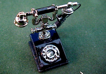 Townsquare Classic Black Telephone 1:12 scale