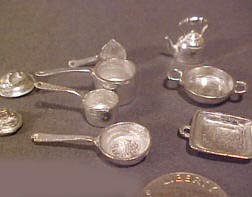 Warwick Nine Piece Unfinished Cookware Set 1:24 scale