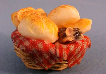 Bread Basket Tipsy Critter 1:12 scale