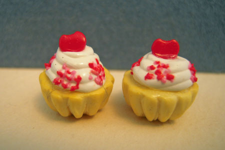 Bright deLights Sweetheart Cupcakes 1:12 scale