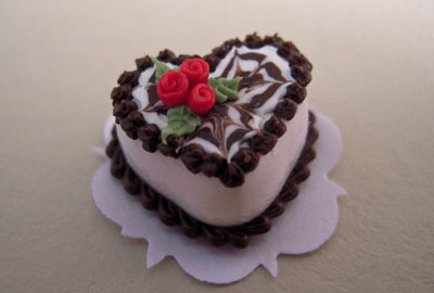 Miniature Chocolate Valentines Heart Cake 1:24 scale