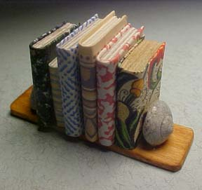 Amy Robinson Shell Bookends 1:12 scale