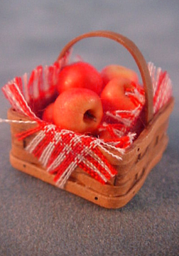 Square Basket Of Apples 1:12 scale