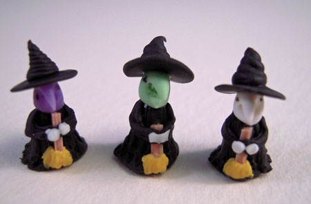 Bright deLights Tiny Set Of Three Halloween Witches 1:12