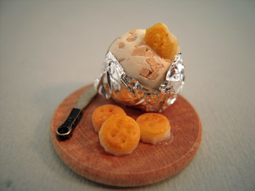 Cheese Ball With Crackers 1:12 scale