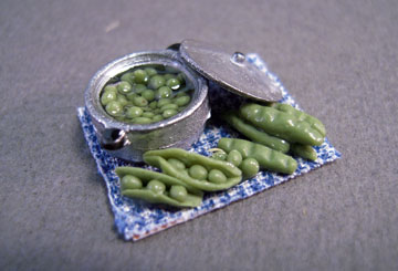 My Minis Peas Preparation Board 1:24 scale