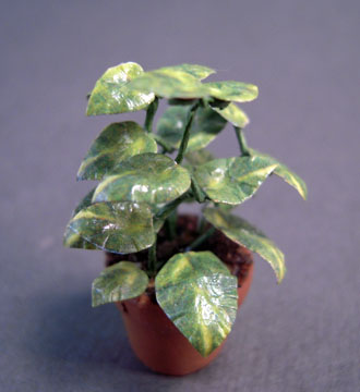 Falcon Potted Ficus Tree 1:24 scale