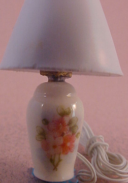 Ni Glo Primose Pattern Ginger Jar Table Lamp 1:24 scale