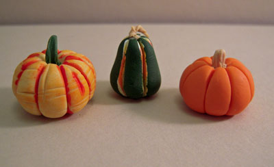 Miniature Set Of Three Gourds 1:12 scale