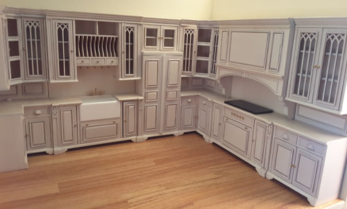 Majestic Mansions Five Piece Washed White Cambridge Manor Kitchen Set 1:12 scale