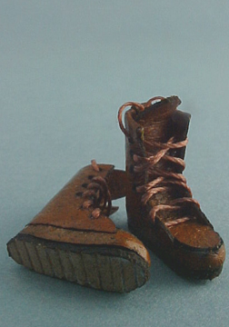 Prestige Leather Miniature Work Boots 1:24 scale