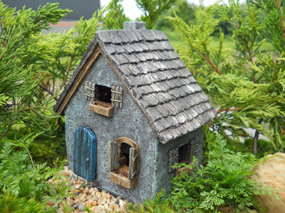 Fairy Garden Primitive Cottage Resin Fairy Garden House 1:12 scale