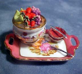 Reutter Porcelain Fruit Tray Set 1:12 scale