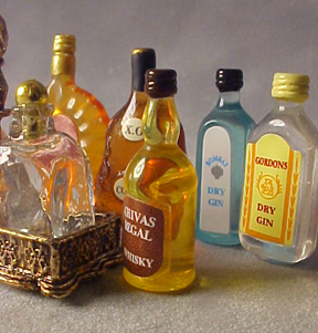 Top Shelf Liquor Set 1:12 scale