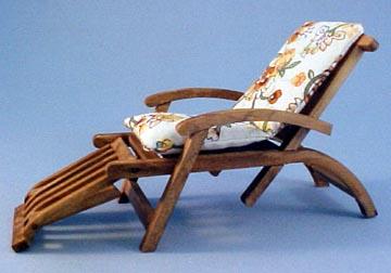 Reutter Porcelain Miniature Garden Chaise Lounge 1:12 scale