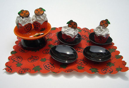 By Barb Handcrafted Halloween Cupcake Dessert Set 1:12 scale