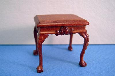 Bespaq Miniature Walnut Thomas End Table 1:24 scale