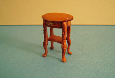 Bespaq Miniature Haverson Adam Walnut End Table 1:24 scale