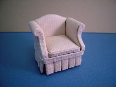 Bespaq Casual Low Back Egg Shell Wing Chair 1:24 scale