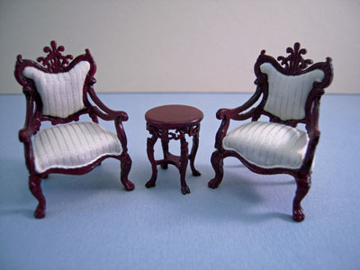 Bespaq Fantasy Lyre Mahogany 3 Piece Table and Chair Set 1:24 scale